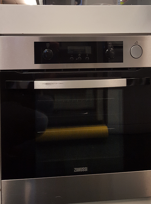 "alt=""zanussi zos37902xd single oven full view"""