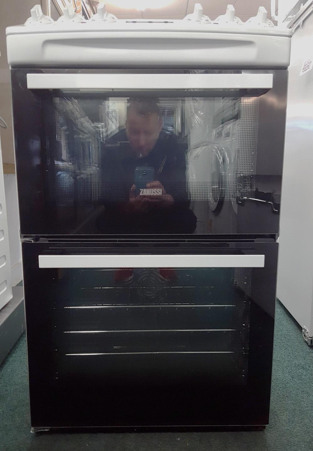 "alt=""Zanussi ZCV46250WA cooker full view"""
